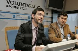 La sociedad de gestión que preside Ignacio Santos, en al imagen a la izquierda, fue el blanco de las críticas de los comerciantes compostelanos