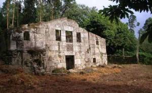 Galicia Dreams ofrece restaurar esta casa en su página web