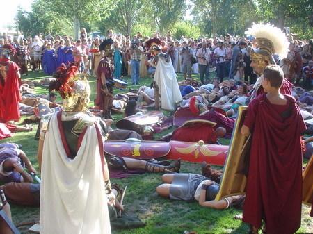 http://www.berenguela.com/images/festa-do-esquecemento.jpg