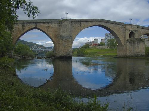 Baños Romanos Ourense:PUENTE ROMANO DE OURENSE , este puente fue reconstruido en el s