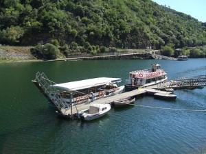 puerto de embarque de los catamaranes