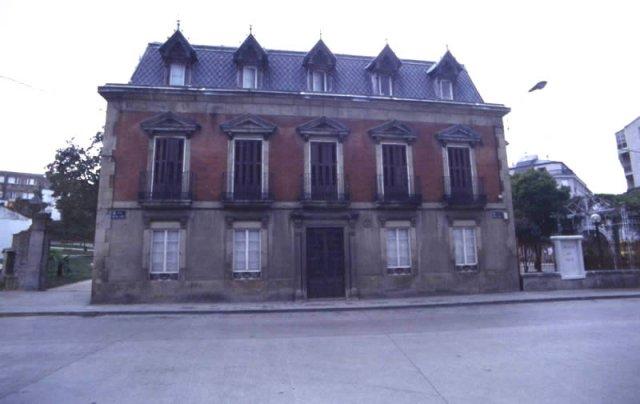 Casa del Marqu?s de Ugena en A Praza da Vila comprada por el ayuntamiento