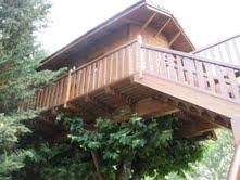 una casa en el rbol del hotel jakue navarra