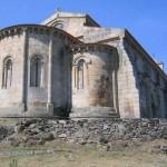 Iglesia o mosteiro trasera
