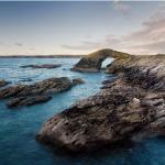 Rocas en la costa