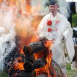 Monje budista (anacoreta) en un ritual