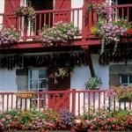 balcones de casas del lugar