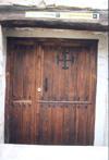 puerta del albergue de pergrinos